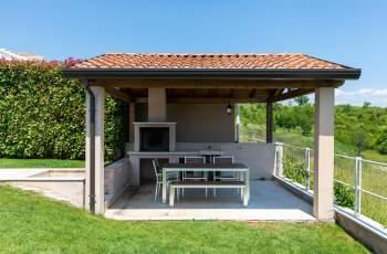 Villa Vor Ort