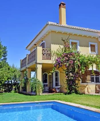 Villas & Homes